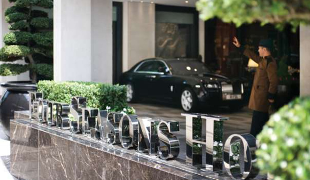 four-seasons-london-min