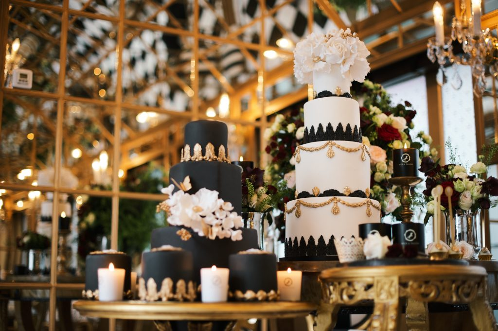 black gold white wedding cakes elizabeth cake emporium dessert table larry walshe london florist