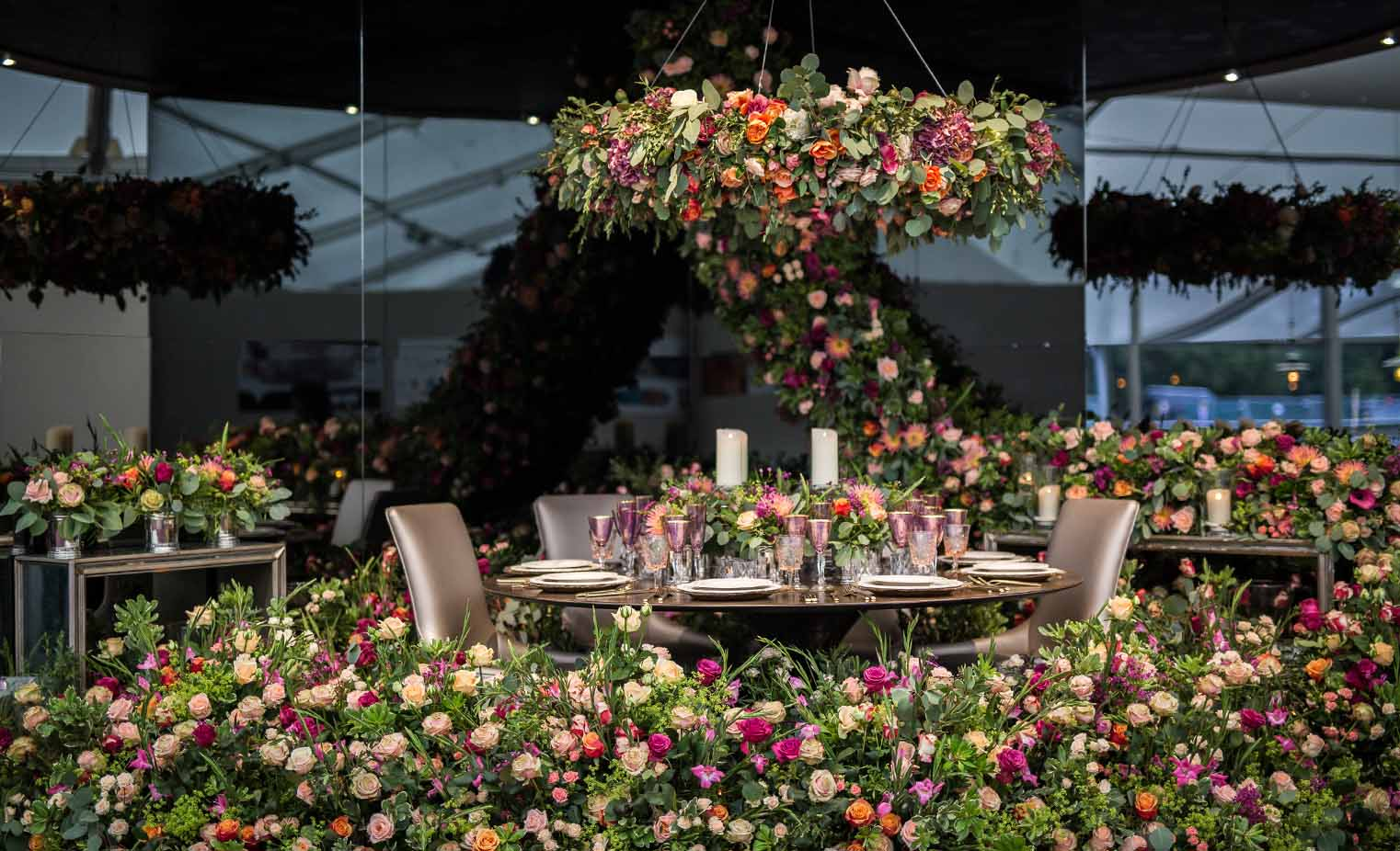 Larry Walshe Floral Design - A reflection of beauty at Decorex