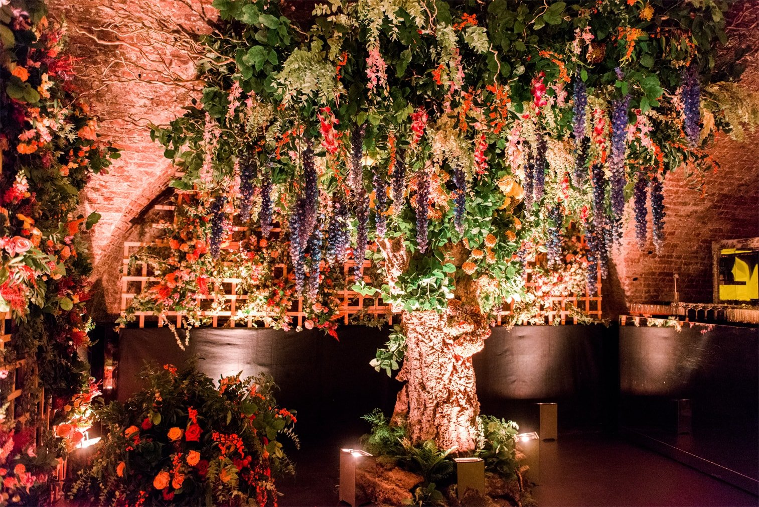 Larry Walshe Floral Design - Majestic Tree London